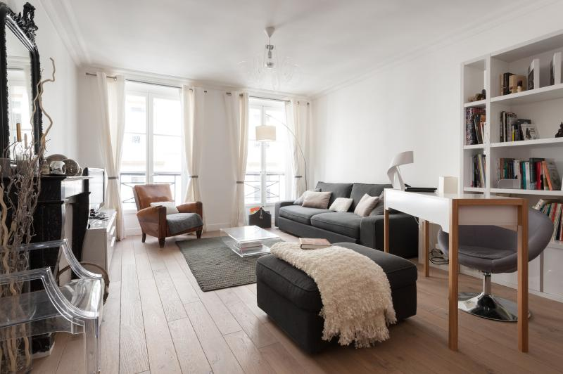 onefinestay - Rue de Provence II private home - Image 1 - Paris - rentals