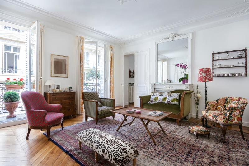 Rue de Thann - Image 1 - Paris - rentals