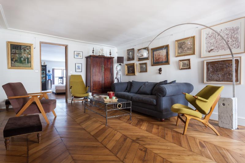 onefinestay - Rue de Tournon private home - Image 1 - Paris - rentals
