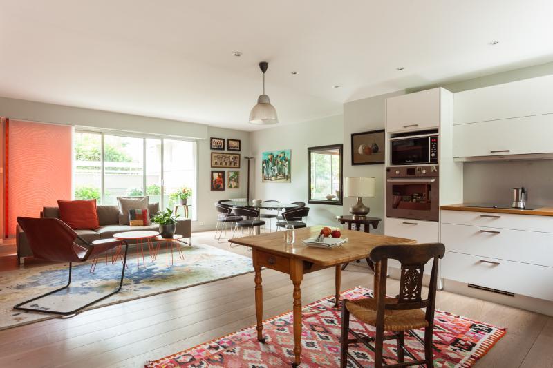 One Fine Stay - Rue de Vaugirard V apartment - Image 1 - Paris - rentals