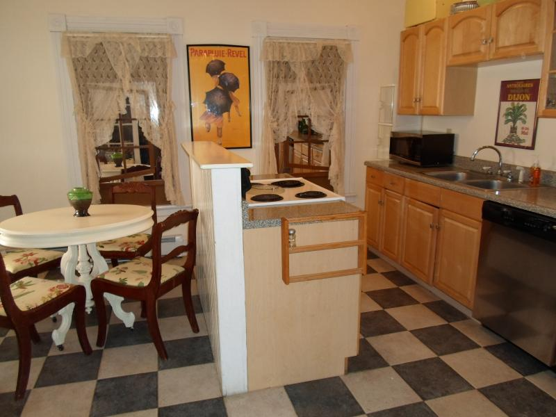 Downstairs Kitchen - Bar Harbor Great Village Location Aster - Bar Harbor - rentals
