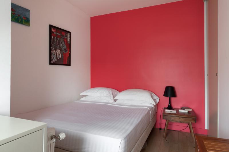 Rue des Belles Feuilles - Image 1 - Paris - rentals