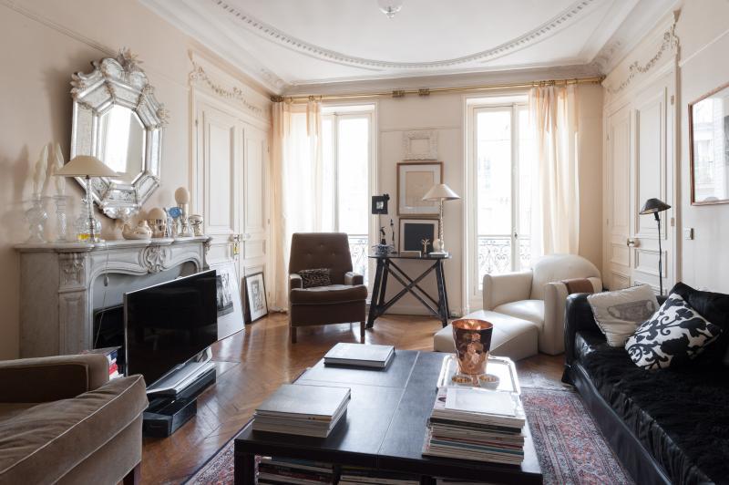 onefinestay - Rue du Vieux Colombier private home - Image 1 - Paris - rentals