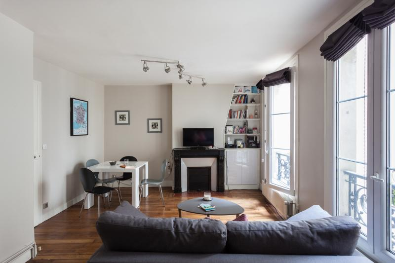 One Fine Stay - Rue Grenéta apartment - Image 1 - Paris - rentals