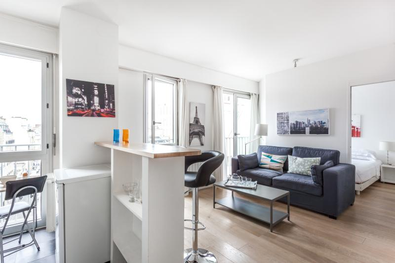 One Fine Stay - Rue Poncelet apartment - Image 1 - Paris - rentals