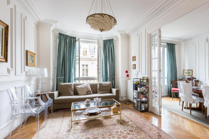 onefinestay - Rue Saint-Martin private home - Image 1 - Paris - rentals