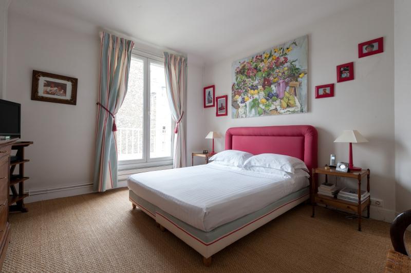 One Fine Stay - Square Jasmin apartment - Image 1 - Paris - rentals