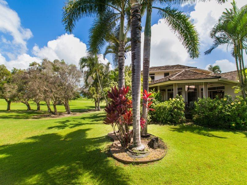 Hale Plumeria right on the Kiahuna Golf Course. - Hale Plumeria- 4bd/4bth house on the Kiahuna Golf Course in Poipu - Koloa - rentals
