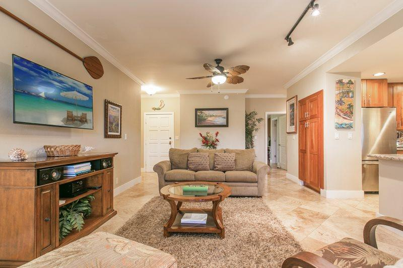Living Room - Poipu Sands 412 Beautiful Ground Floor 2 bed/2 bath steps away from Shipwreck Beach on the beautiful greenbelt. Free car with stays 7 nts or more* - Koloa-Poipu - rentals