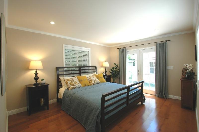 Menlo Park Executive Retreat ELF Homes - Image 1 - Menlo Park - rentals