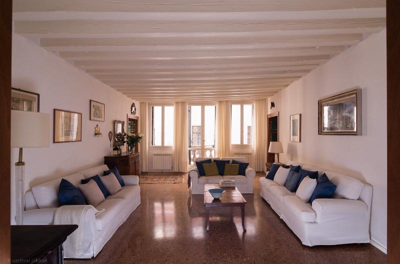 Accademia Terrazza - Image 1 - Venice - rentals