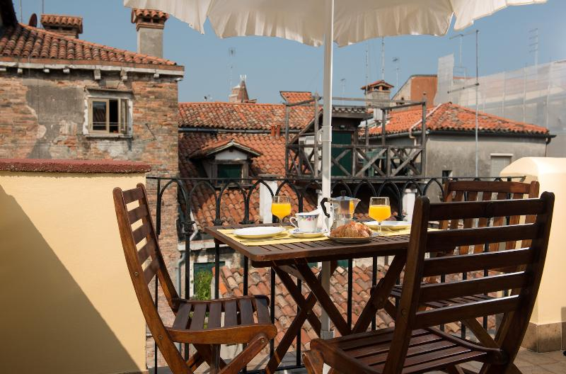 San Polo Terrazzino - Image 1 - Venice - rentals