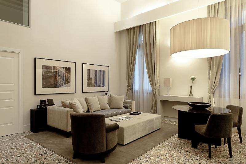 Palazzo Molin Longhi - Image 1 - Venice - rentals