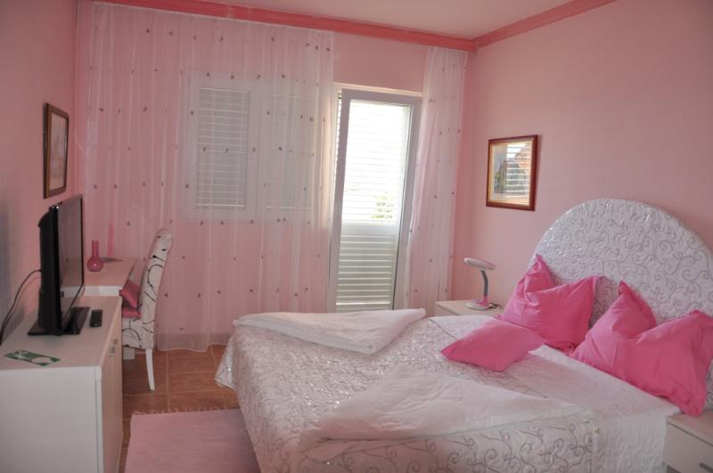 Double Room with Balcony and Sea View - Image 1 - Orebic - rentals