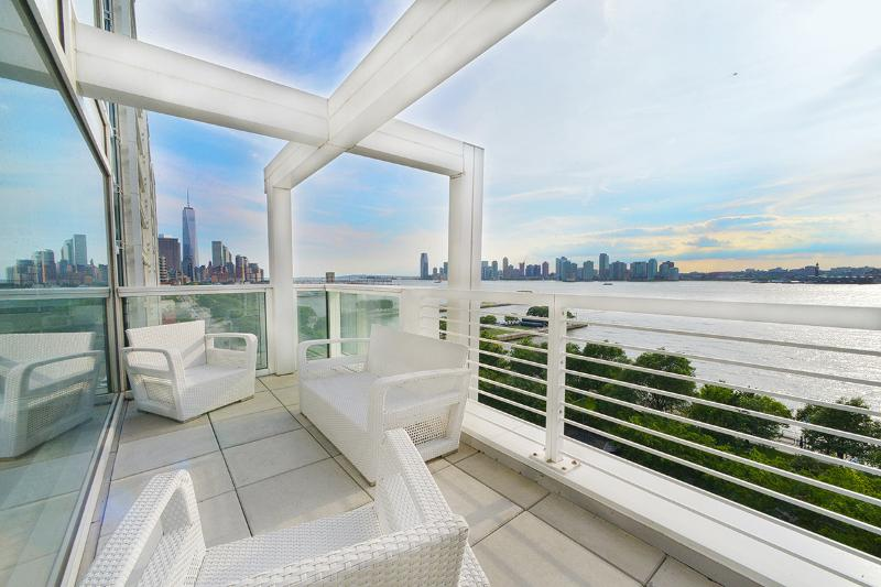 West Village Waterview Penthouse, Sleeps 5 - Image 1 - New York City - rentals