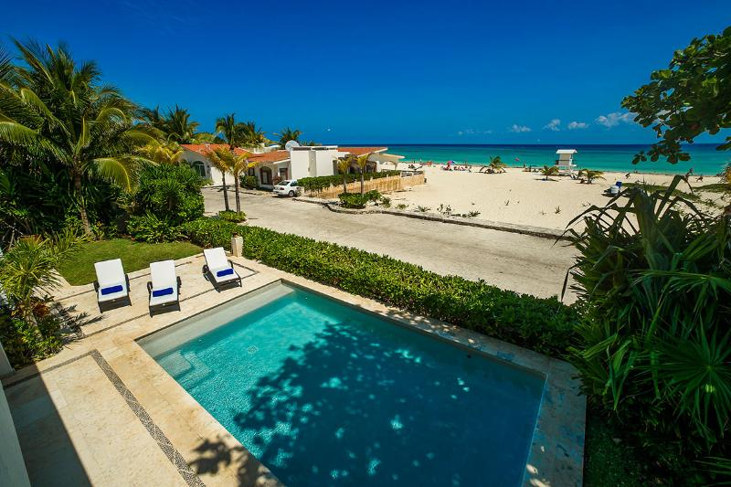 Casa Clara, Sleeps 16 - Image 1 - Playa del Carmen - rentals