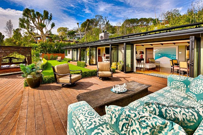 Lawford's Rat Pack Retreat, Sleeps 4 - Image 1 - Westwood  Los Angeles County - rentals