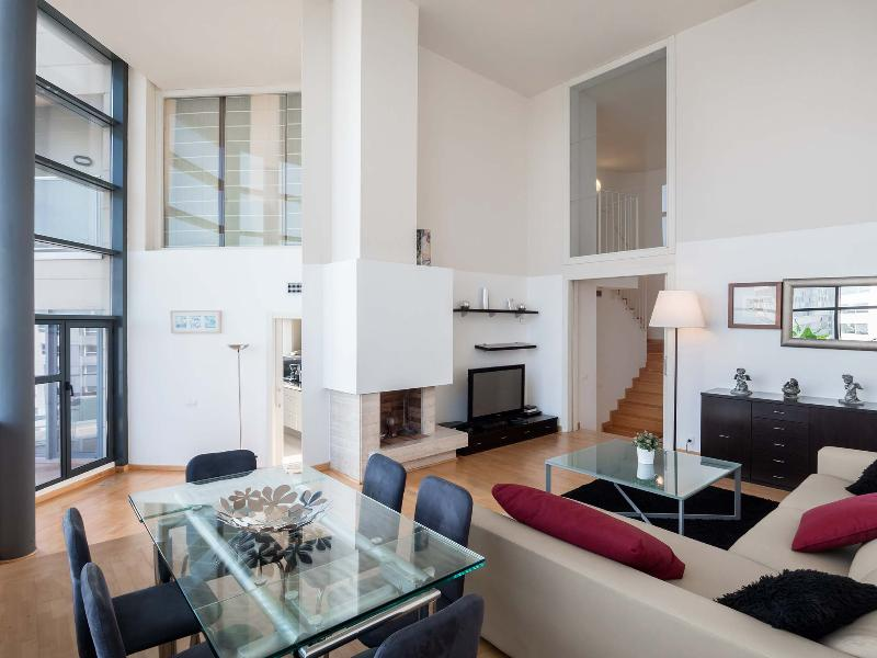 Exclusive Barcelona Penthouse Apartment in Diagonal Mar - Diego - Image 1 - Barcelona - rentals