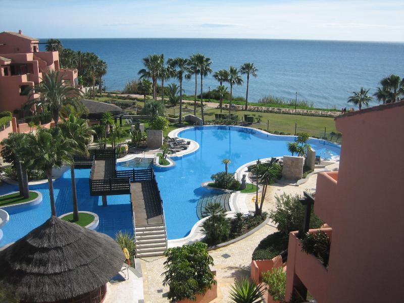 The MARAZUL Resort right next to the Mediterranean Sea - MAR AZUL RESORT, Estepona - Estepona - rentals