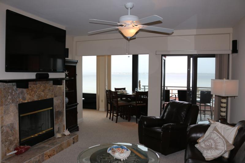 The large, comfortable condo sits right on the Pensacola Bay with great views. - **Views, Views, Views** - Great Family Vacation - Pensacola Beach - rentals