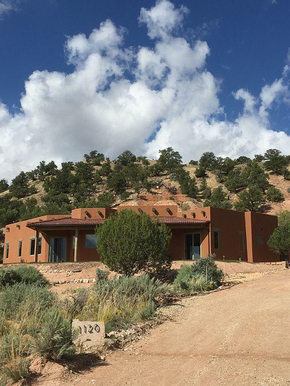 """Bryce Valley Hacienda """"Dos Arbolitos"""" - Image 1 - Cannonville - rentals"""
