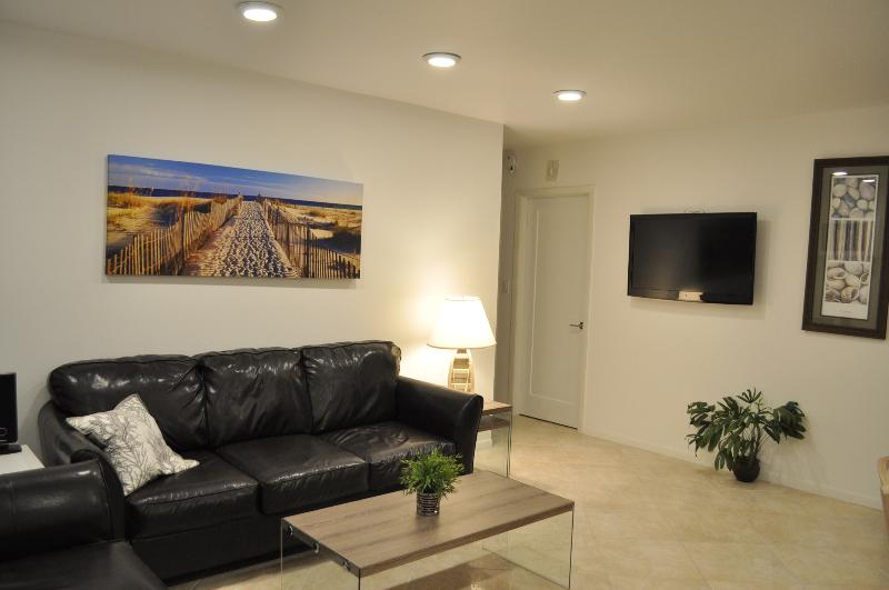 Two Full Length Sofas - Renovated, Contemporary,  Bright and Convenient - Marco Island - rentals