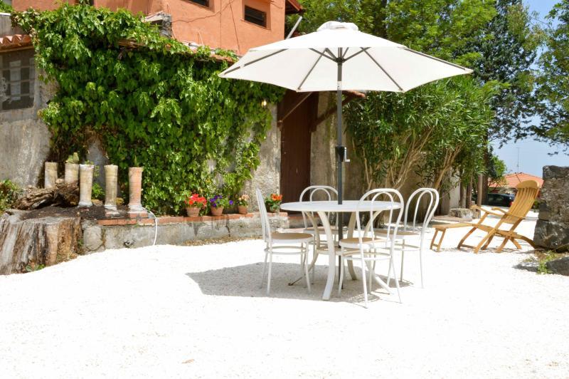 "Villa Bonaccorso - Il Casotto ""Limone verde' - Image 1 - Viagrande - rentals"