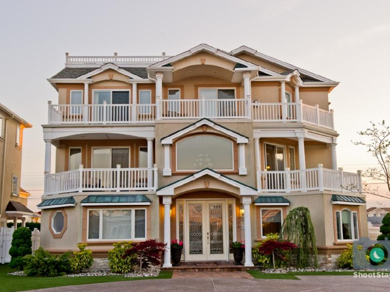 Luxury Beach Mansion 8 Bedrooms - Image 1 - Brigantine - rentals