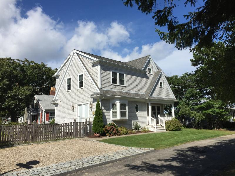 Located only 4 houses from Falmouth Heights Beach or Bristol Beach - NEW Falmouth Heights Beach Home steps to beaches - Falmouth - rentals