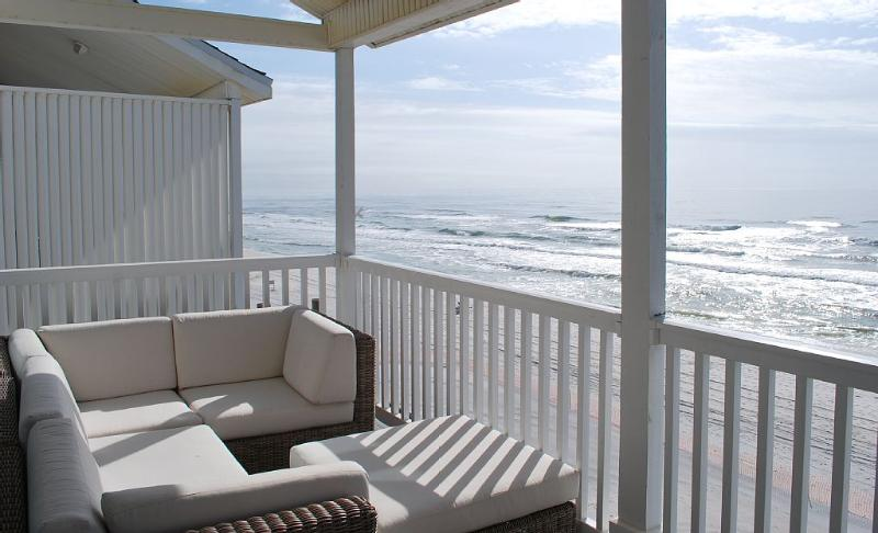 """Your private deck and seating with a stairwell direct to the beach from the Deck - The """"Sugar Shack"""" - Top Floor Beachfront - Seagrove Beach - rentals"""