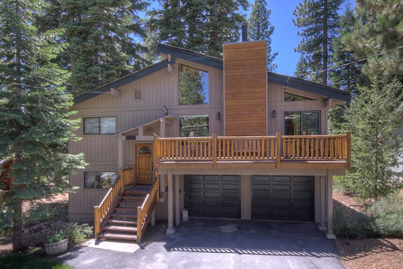 Myers Luxury Dog Friendly Home - Backs to Forest - Image 1 - Carnelian Bay - rentals