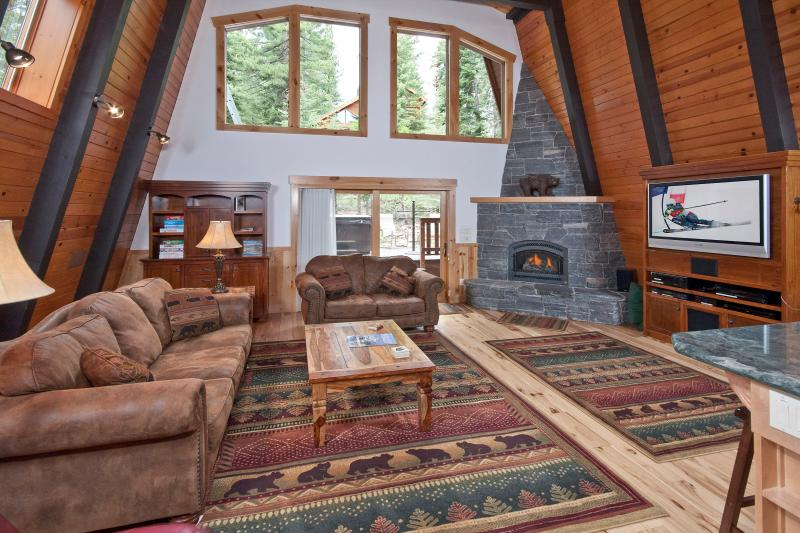 Pezzola North Tahoe Luxury Rental Cabin - Image 1 - Agate Bay - rentals