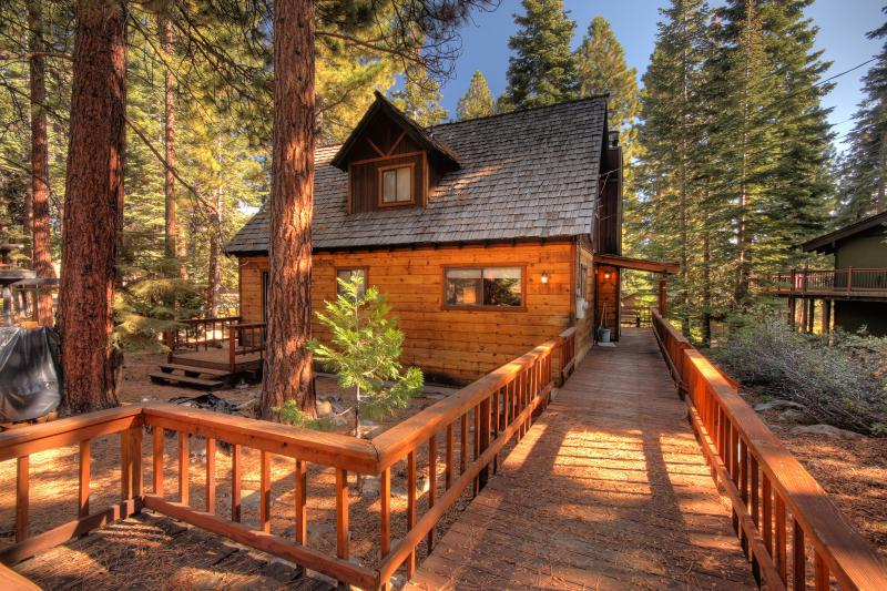 Jerves Tahoe Vacation Cabin - Walk to Beach - Image 1 - Agate Bay - rentals