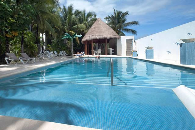 Pool Area - BRAND-NEW Apartment @Coco-Bay near 5th Av w/Pool - Playa del Carmen - rentals