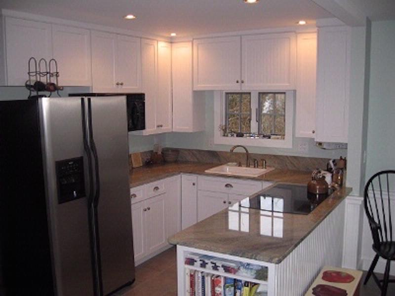 Kitchen with easy access to deck - 125 Commercial Street 129968 - Wellfleet - rentals
