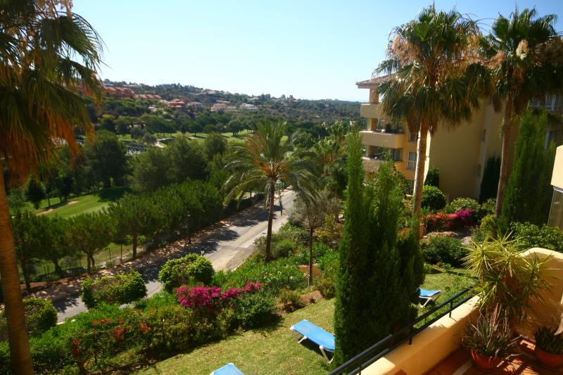 521 - 2 bed apartment, Las Terrazas de Santa Maria - Image 1 - Elviria - rentals