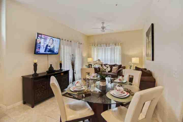 Open Floor Plan - Dining Area and Living Area - 2208 Venetian Bay - Kissimmee - rentals