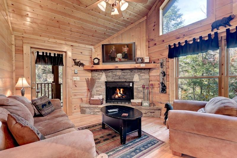 Privated and secluded cabin in Pigeon Forge - Affordable Cabins in the Smokies - Sevierville - rentals