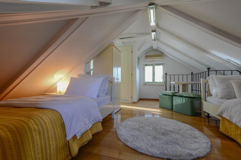studio with twin beds - Villa Olivia- Charming Attic Studio- City center - Split - rentals