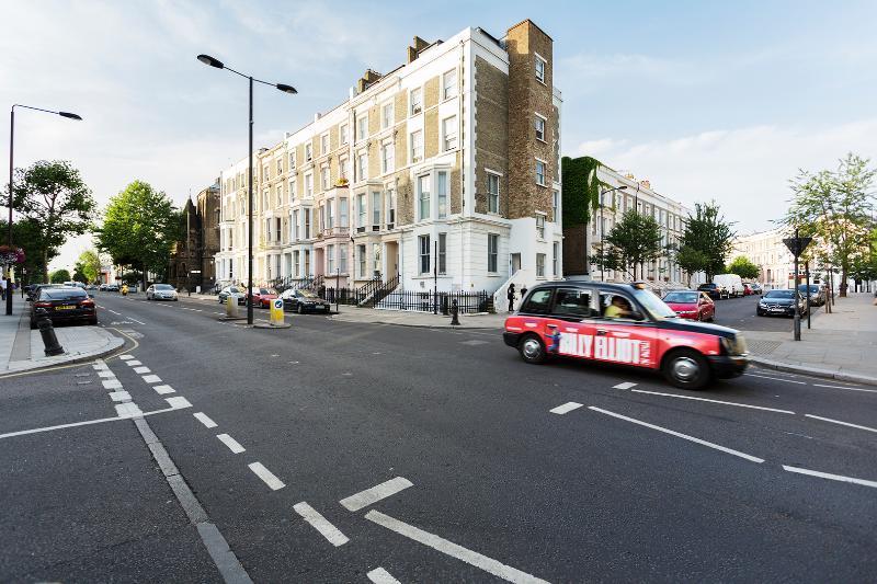 Modern one-bed flat, sleeps 4. - Image 1 - London - rentals