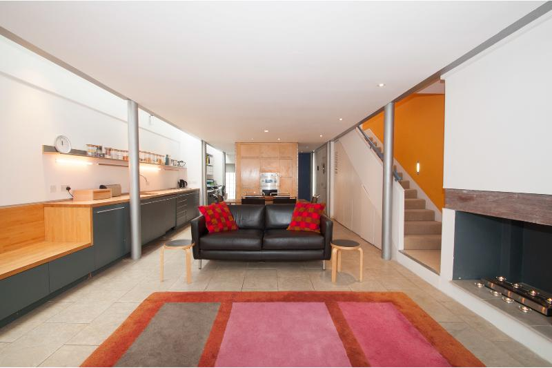 3 bed Fulham with garden featured in The Ultimate House Book! - Image 1 - London - rentals