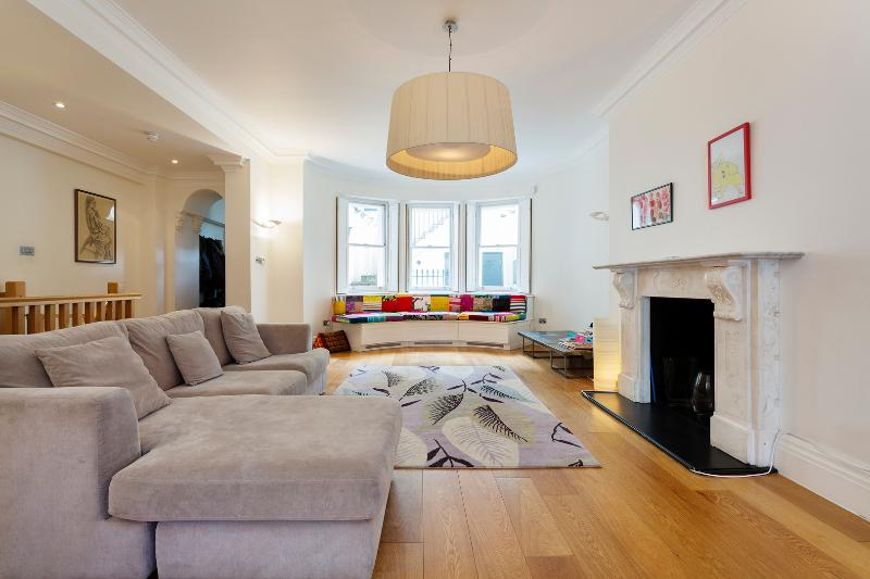 Reception - Prestigious 2 Bedroom in London at Piccadilly - London - rentals