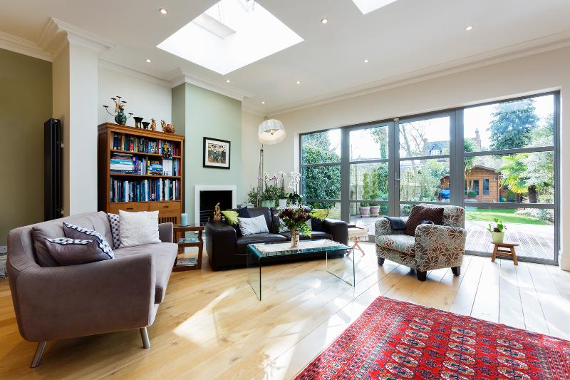 4 bed house, Grove Park Gardens, Chiswick - Image 1 - London - rentals