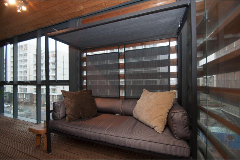 Modern cool. One Bed in hip Dalston - sleeps 4 - Image 1 - London - rentals