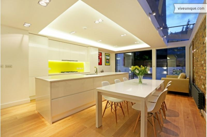 A spectacular and contemporary five-bedroom home in fashionable Fulham. - Image 1 - London - rentals