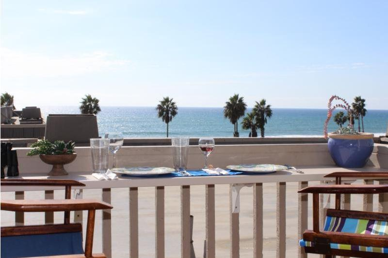 Ocean view, sounds of the waves from master suite upstairs and dining deck - Ocean view, air conditioning and boogie boards - Oceanside - rentals