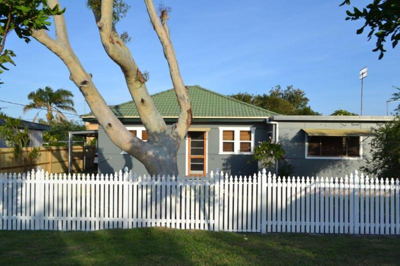 Cottage Front - Toowoon Bay Cottage - Central Coast, NSW Australia - Toowoon Bay - rentals