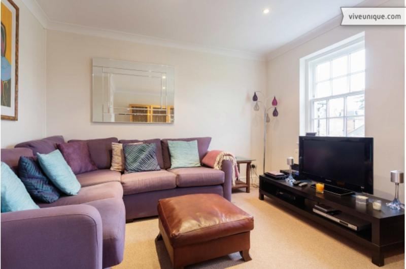Reception - A three-bedroom house in the heart of Wimbledon Village. - London - rentals