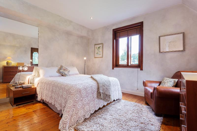 Unique two-bed home with a private garden. - Image 1 - London - rentals