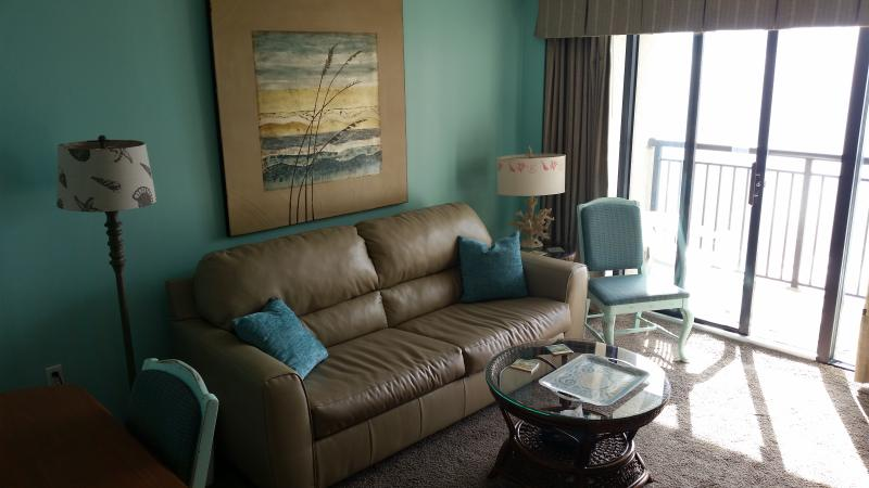 Living room area. - Your Tropical Vacation Adventure is Waiting... - North Myrtle Beach - rentals